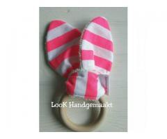 Bijtring hout streep roze/wit