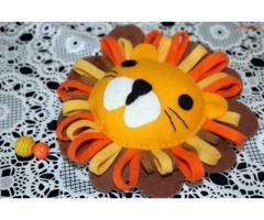 Unieke handgemaakte muziekhanger leeuw